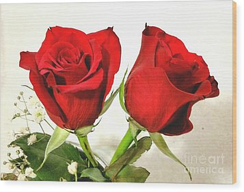 Red Roses 4 Wood Print by Rose Wang