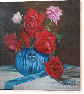 Wood Print featuring the painting Red Roses And Blue Vase by Jenny Lee