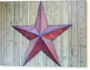 Red Rusted Star Wood Print by Holly Blunkall