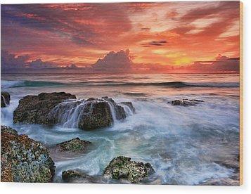 Red Sky At Dawn Wood Print by Ann Van Breemen