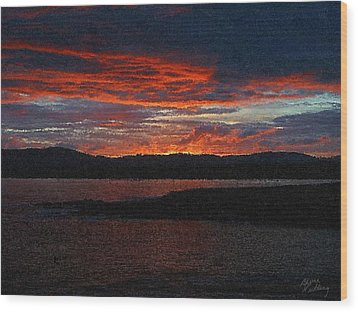 Red Sky At Night Wood Print by Bruce Nutting