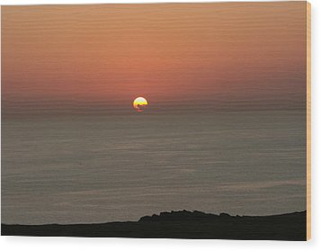 Red Sunset Over Sea Wood Print by Gordon Auld