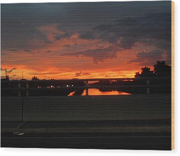 Red Sunset Wood Print by Val Oconnor