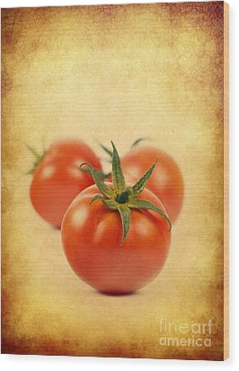 Wood Print featuring the photograph Red Tomato by Mohamed Elkhamisy