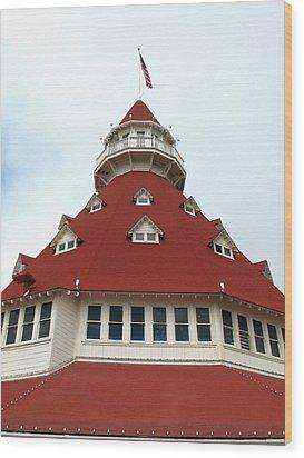 Red Turret - Hotel Del Coronado Wood Print by Connie Fox