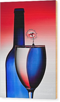 Red White And Blue Reflections And Refractions Wood Print by Susan Candelario