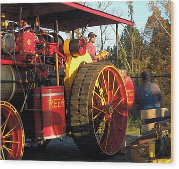 Wood Print featuring the photograph Reeves Steam Tractor by Pete Trenholm