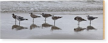 Reflection At The Beach Wood Print by Steve Gravano
