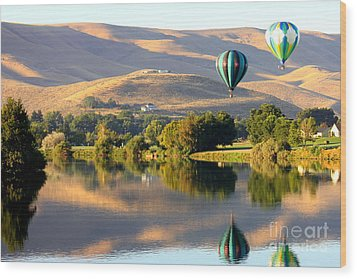 Reflection Of Prosser Hills Wood Print by Carol Groenen
