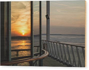 Wood Print featuring the photograph Reflections Of A Chesapeake Sunset by Bill Swartwout