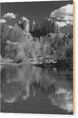Reflections Of Sedona Black And White Wood Print by Joshua House