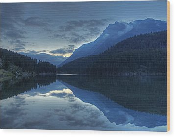 Reflections On Two Jack Lake Wood Print by Darlene Bushue
