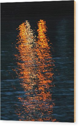 Reflections Wood Print by Pamela Walton