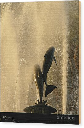 Refreshing Pause Wood Print by Mariarosa Rockefeller