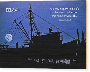 Relax Wood Print by Mike Flynn