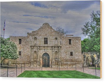 Remember The Alamo Wood Print by Barry Jones
