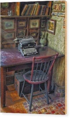 Remington Noiseless No 6 Typewriter Wood Print by Susan Candelario