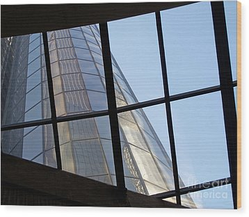 Rencen Skylight Wood Print by Ann Horn