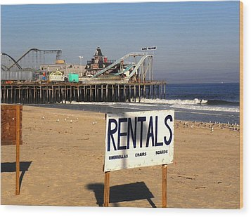 Wood Print featuring the photograph Rentals At The Shore by Allen Beilschmidt