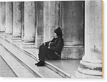 Resting At St. Mark's Square Wood Print by John Rizzuto