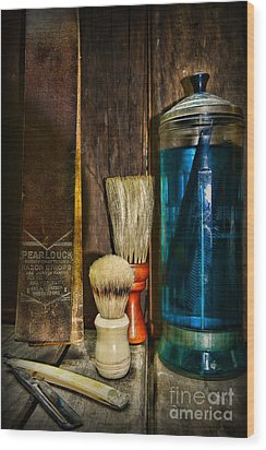 Retro Barber Tools Wood Print by Paul Ward