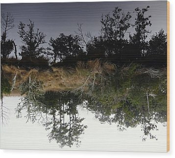 Reverse Reflection On A Crab Fishermans Canal Wood Print by Richard Rosenshein