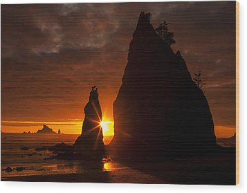 Rialto Beach Sunset Percusion Wood Print by Mark Kiver