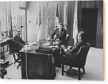 Richard Nixon And Henry Kissinger Wood Print by Everett