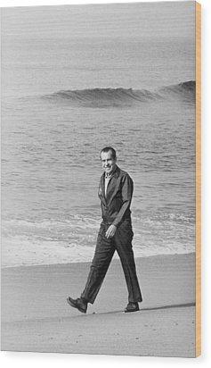 Richard Nixon Walking On The Beach Wood Print by Everett