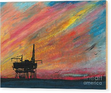 Rig At Sunset Wood Print by R Kyllo