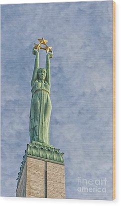 Riga Freedom Monument 04 Wood Print by Antony McAulay