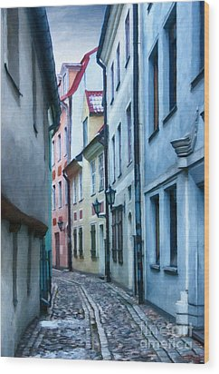 Riga Narrow Street Painting Wood Print