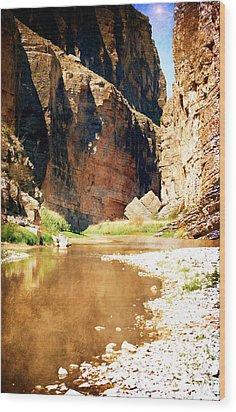 Rio Grande At Santa Elena Canyon Wood Print by Judy Hall-Folde