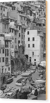 Wood Print featuring the photograph Riomaggiore - Cinque Terre Italy by Carl Amoth