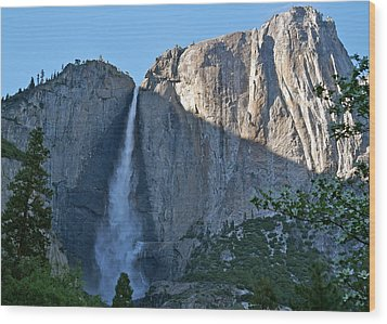Rising Sun At Upper Yosemite Falls Wood Print