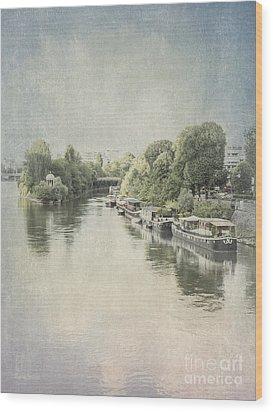 River Seine In Paris Wood Print by Elaine Teague