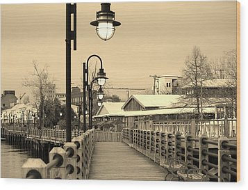 Riverfront Wood Print by Cynthia Guinn