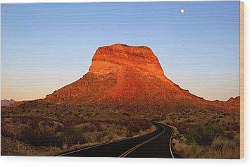 Road To Cerro Castellan Wood Print