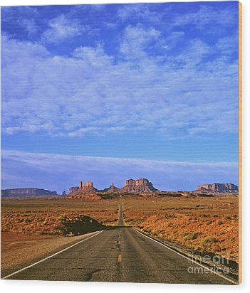 Road To Monument Valley Wood Print by Alex Cassels