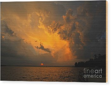 Wood Print featuring the photograph Roar Of The Heavens by Terri Gostola
