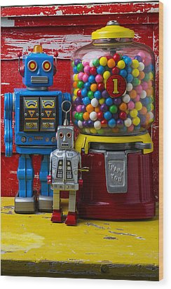 Robots And Bubblegum Machine Wood Print by Garry Gay