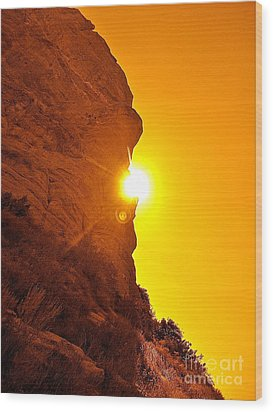Rock Eclipse  Wood Print by Gem S Visionary