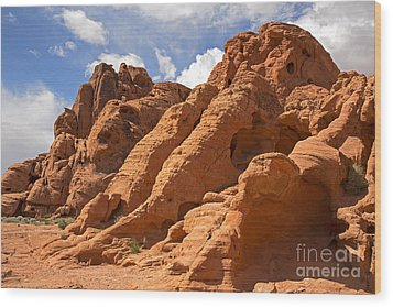 Rock Formations In The Valley Of Fire Wood Print by Jane Rix