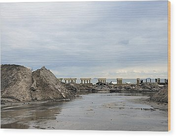 Rockaway Beach After Hurricane Sandy 4 Wood Print by Maureen E Ritter