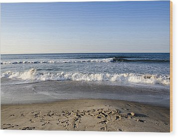 Rockaway Beach Morning Shoreline Wood Print by Maureen E Ritter