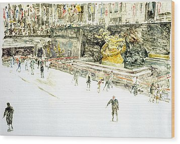 Rockefeller Center Skaters Wood Print by Anthony Butera