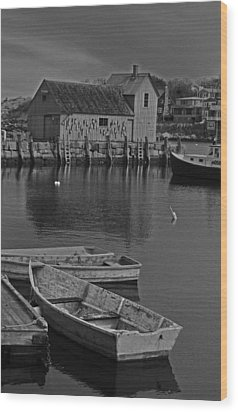Rockport No.  2 Wood Print by Mike Martin
