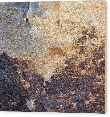 Rockscape 2 Wood Print by Linda Bailey