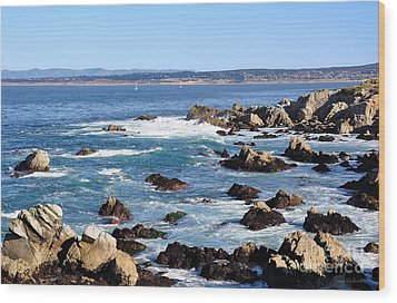 Rocky Remains At Monterey Bay Wood Print by Susan Wiedmann