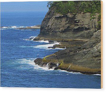 Rocky Shores Wood Print by Tikvah's Hope